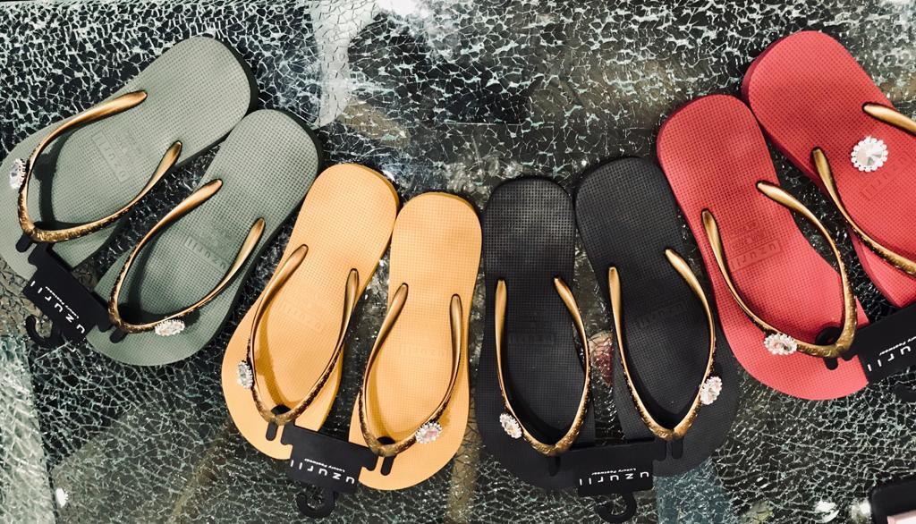 Switch slippers Uzurii Oker